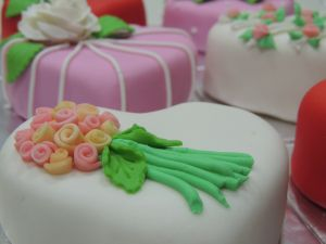 Gift Cakes